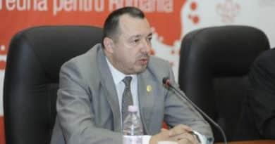 """Cătălin Rădulescu nu ar primi-o pe Viorica Dăncilă să candideze din partea Ecologiștilor: """"A cedat prea uşor partidul"""""""