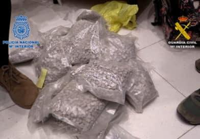Captură-record de peste 800.000 de comprimate de ecstasy, în rețea erau implicați şi români