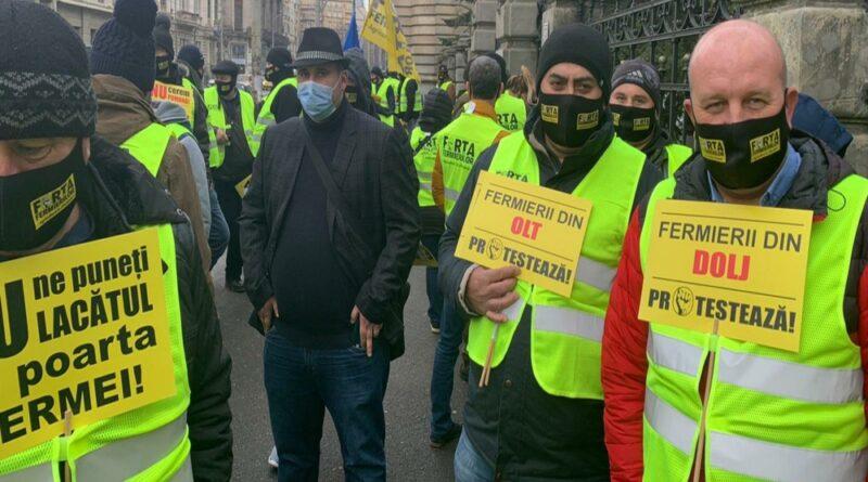 Fermierii îl boicotează pe Florin Cîțu