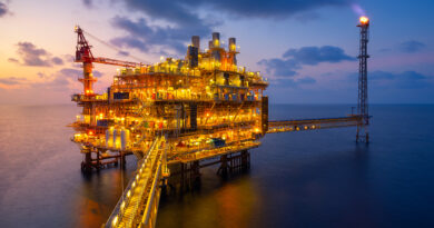 SUMĂ AMEȚITOARE: Care e profitul așteptat de OMV Petrom pentru EXPLOATAREA gazelor din Marea Neagră