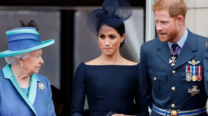 Regina Elisabeta înjosită de Meghan și Harry