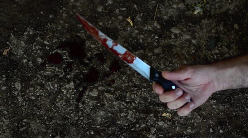 Un băiat de 9 ani a fost rănit cu un cuțit de tatăl său