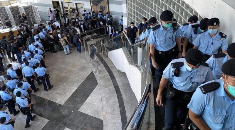 Ziarul Apple Daily din Hong Kong acuzat de uneltire împotriva securității naționale