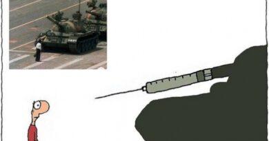 Caricaturist concediat după ce a comparat vaccinul anti-Covid-19 cu protestul din Piața Tiananmen